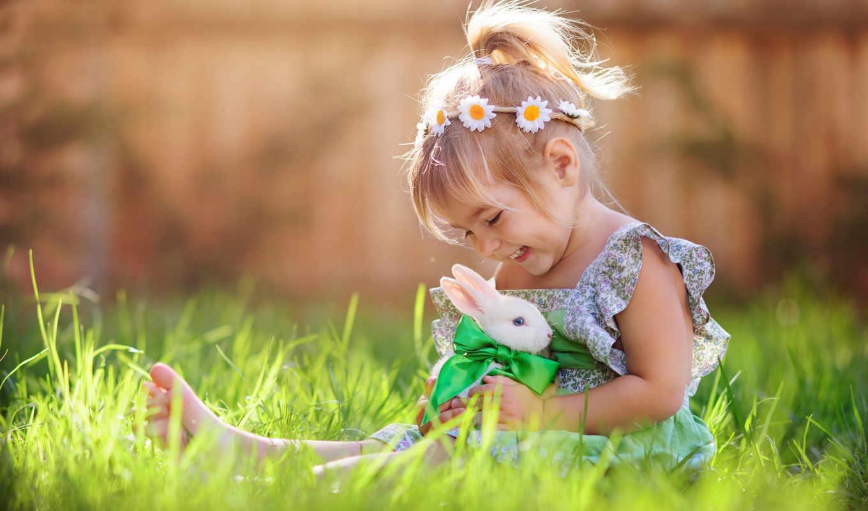 девочка, кролик, весело, трава, лужайка, зеленый