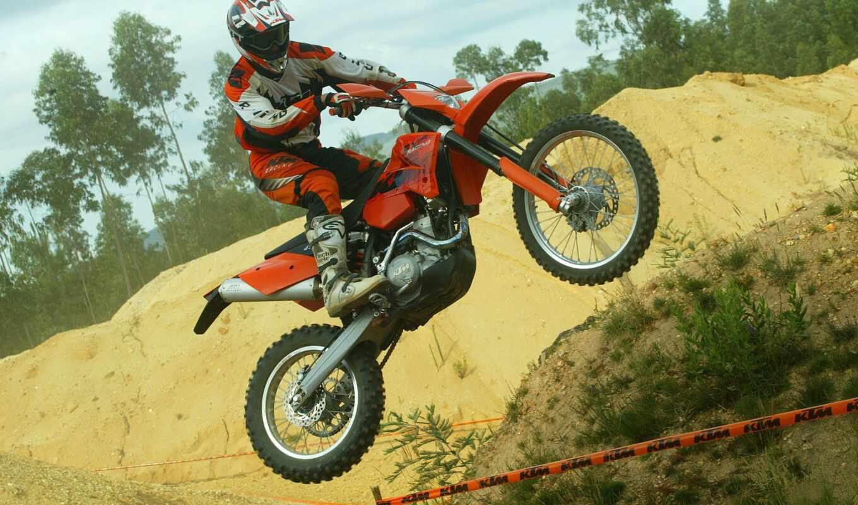 мотоцикл, прыжок