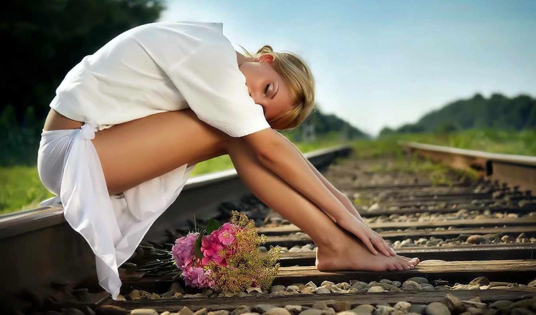 девушка, дорога, сидит, рельсы, разных, рельсах, девушки, цветы, разрешениях, железная,