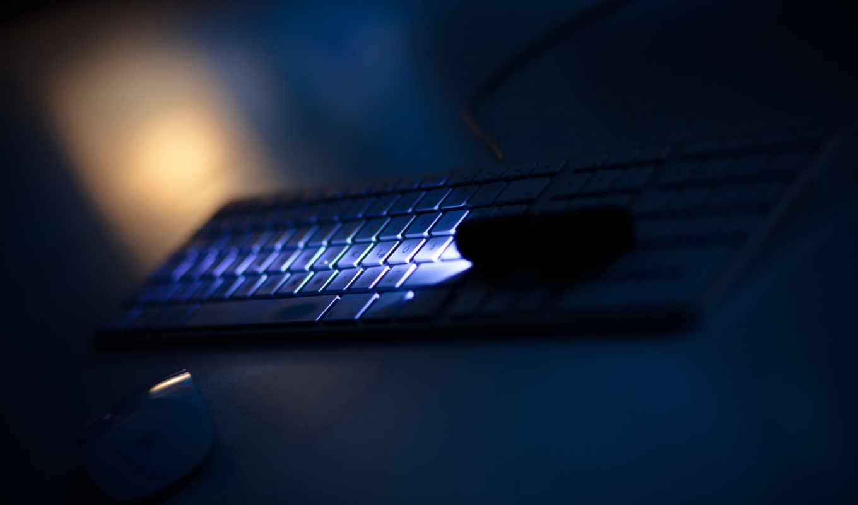 клавиатура, ночь