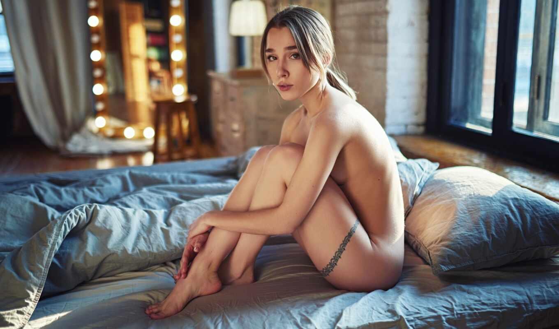 , голая, девушка, сидит, ножки