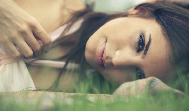 девушки, девушка, portrait, красивые, нежность, трава, нежные,