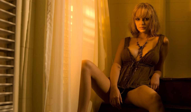 взгляд, похотливый, окно, занавески, блондинка, свет,