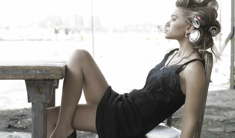 devushki, ноги, кресло, бигуди, девушка,