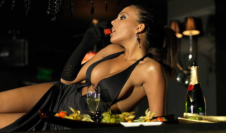,девушка, грудь, платье, ужин, шампанское,