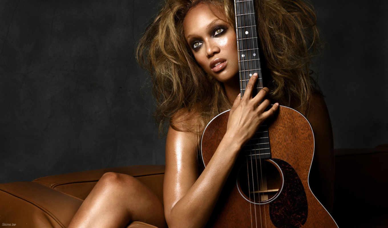 девушка, гитарой, гитара, tyra, banks,