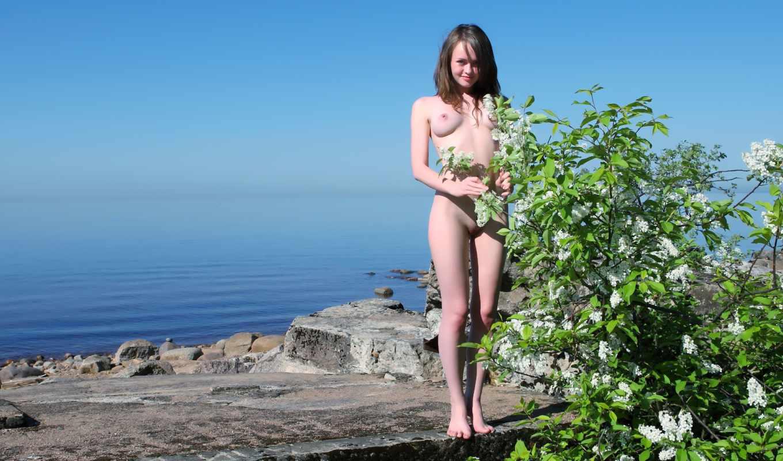Фото молодая девушка и её рабочие дырки 16 фотография
