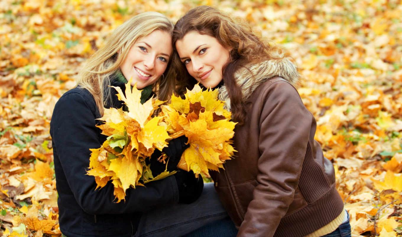 девушки, осень, листья, улыбка