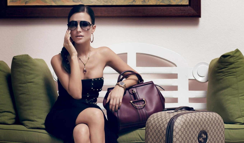 ,девушка,сумки,деловая женщина,