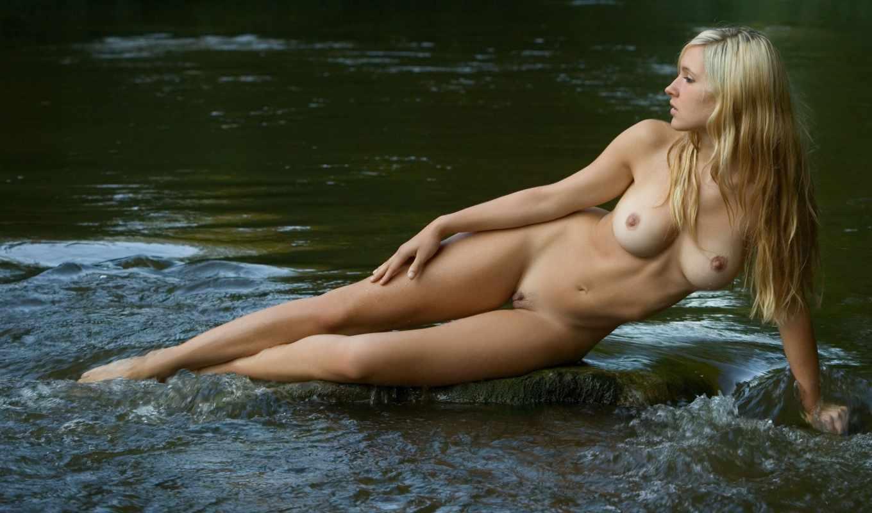 Фото голых женщин в воде 24 фотография
