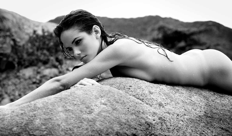 Фотография девушка на камне 23 фотография