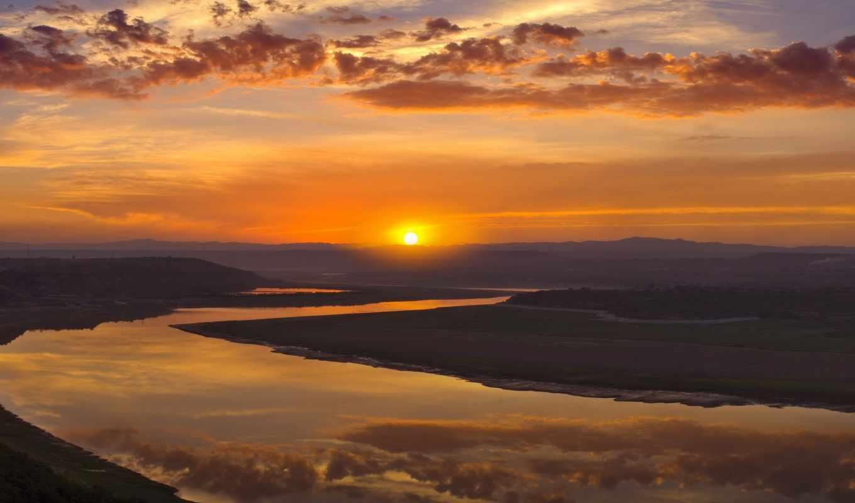 река, горизонт, небо, oblaka, закат, природа, water, landscape, sun, лучи, горы,