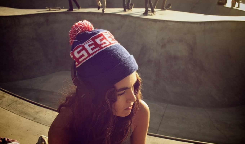 девушка, настроения, лицо, brunette, кудри, шапка,