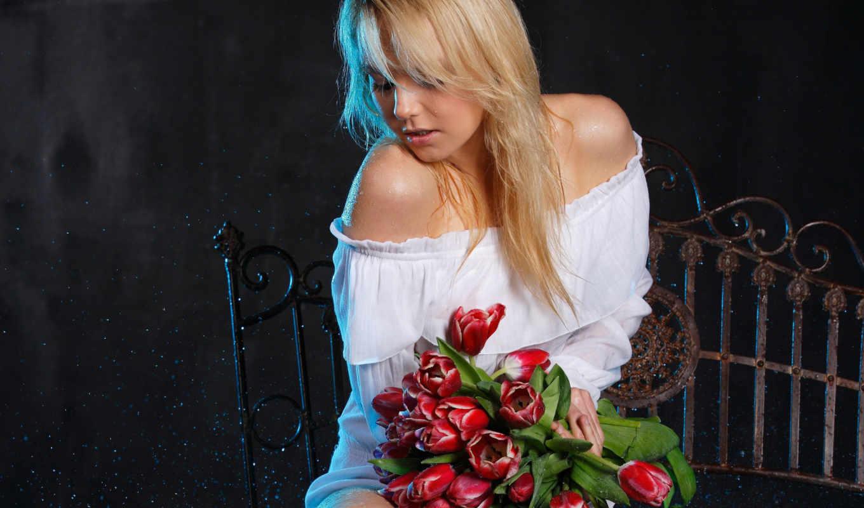 девушка, тюльпан, девушки, blonde, joshi, gif, love, красавица, супер, цветы, just, тюльпанами,
