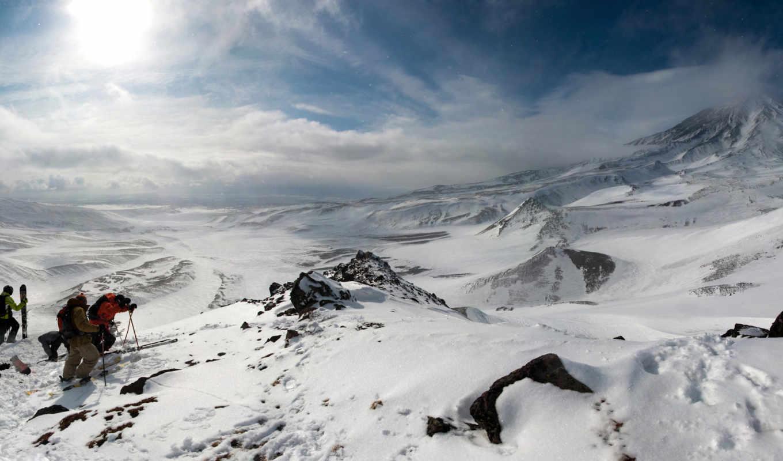 лыжники, горы, панорама, сноубордисты, пейзаж, снег, солнце, отдых, восхождение, облака, зимняя, экспедиция, winter, гору, экстремальное,
