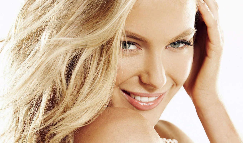 девушка, улыбается, blonde, улыбка, girls, рука, прислонив, добавил, блондинки, брюнетки, рыжие,