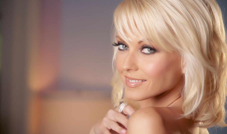 С красивыми блондинками 16 фотография