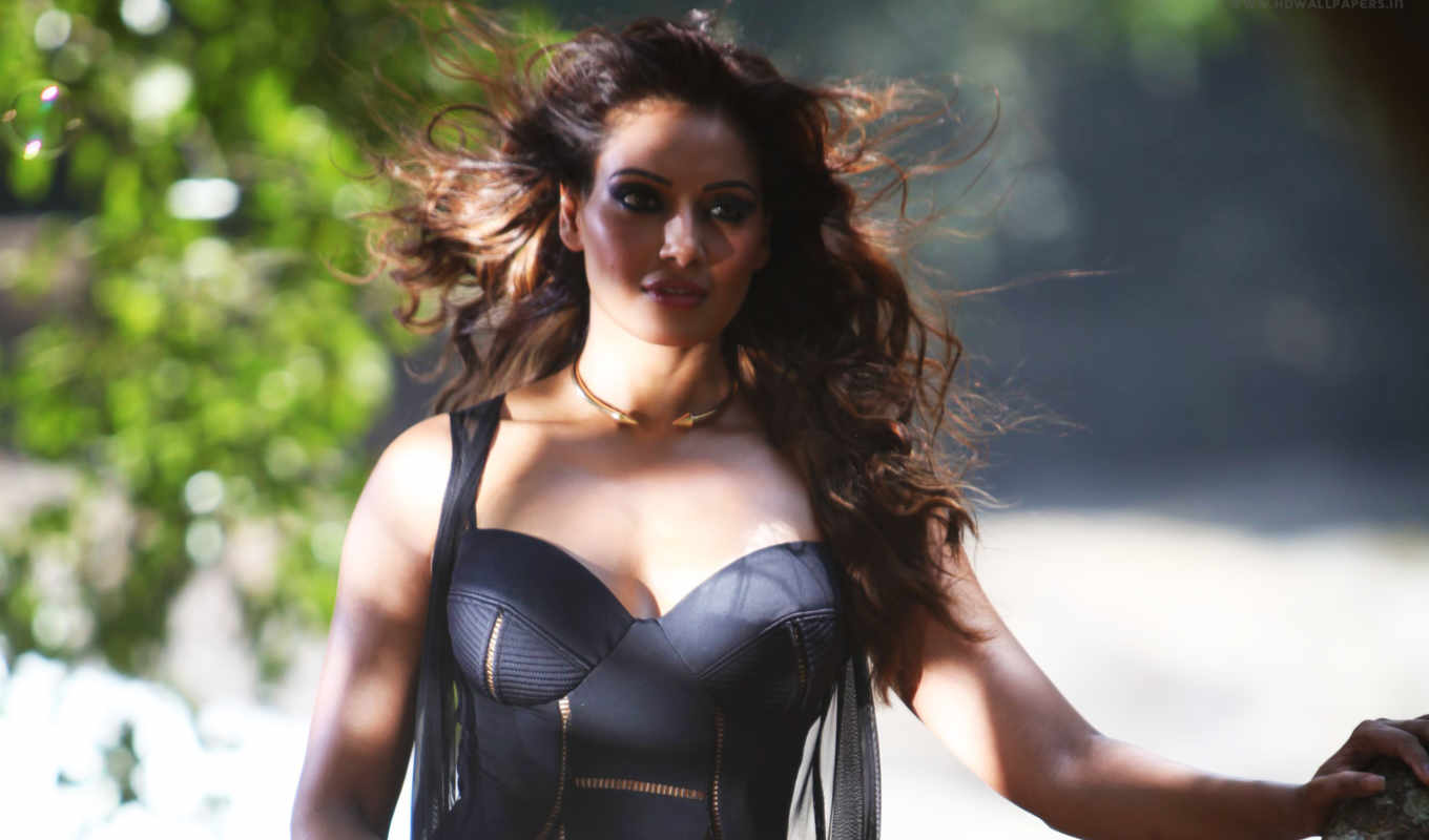 basu, bipasha, одиночка, hot, movie,