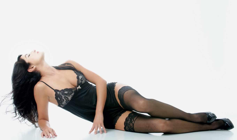 декольте, stockings, глядя вверх, лежа, looking up, white background, lingerie, нижнее белье, women, simple background, белый