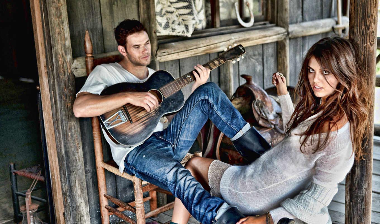 брюнетка, парень, девушка, модель, седло, хижина, дом, гитара, lutz, kellan, играет, перед,