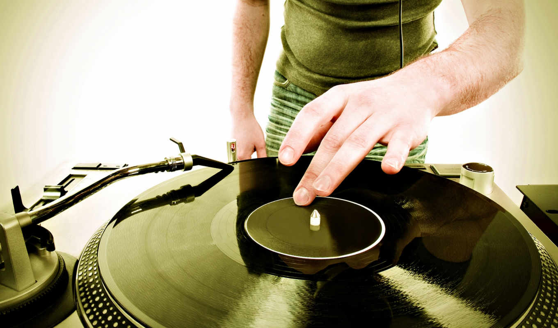 винил, руки, пластинка, картинка, электроника, tech, прогресс, техника, музыка, вертушка,