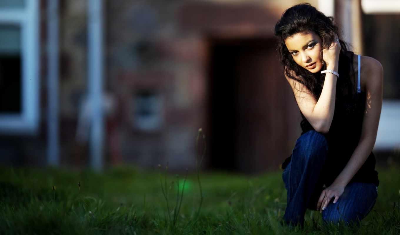 grass, girl, sitting, outside, fields, nature, девушки, люди, лицо, изображение, солнце, girls,