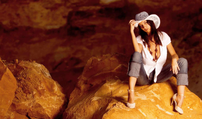 девушка, шляпе, симпатичная, шляпа, камнях, ковбойском,