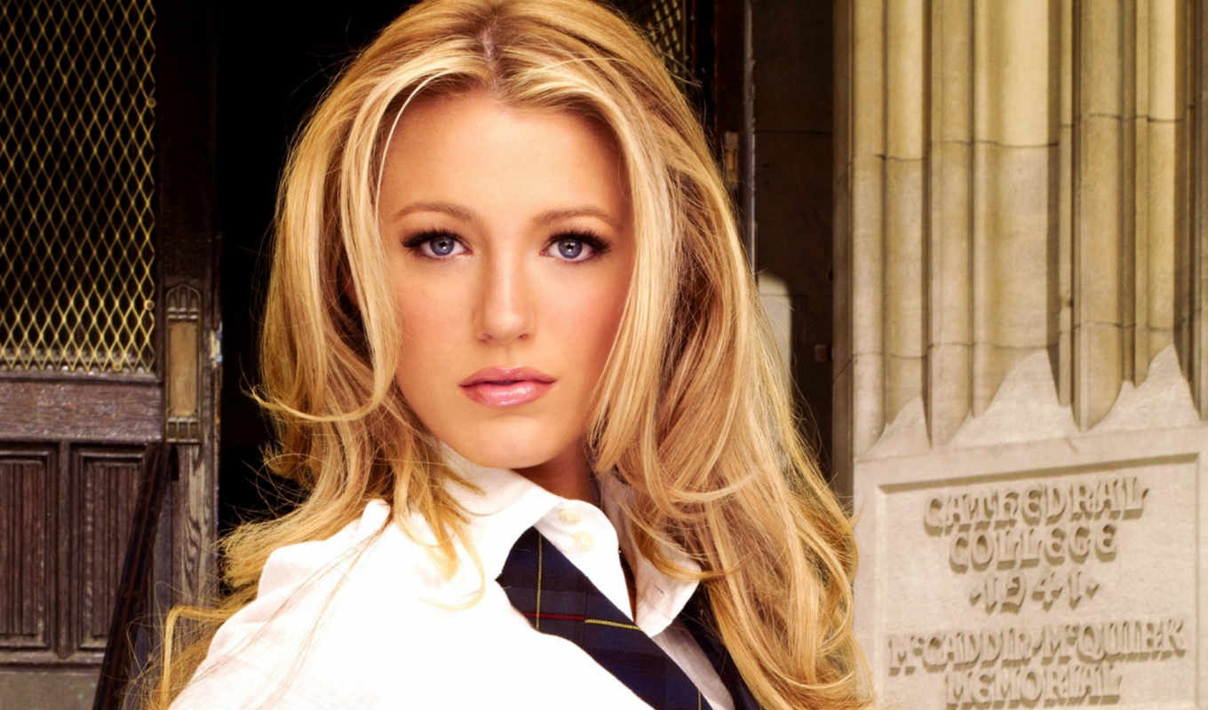 blake, lively, imaginea, blouse, blonde, opinion,