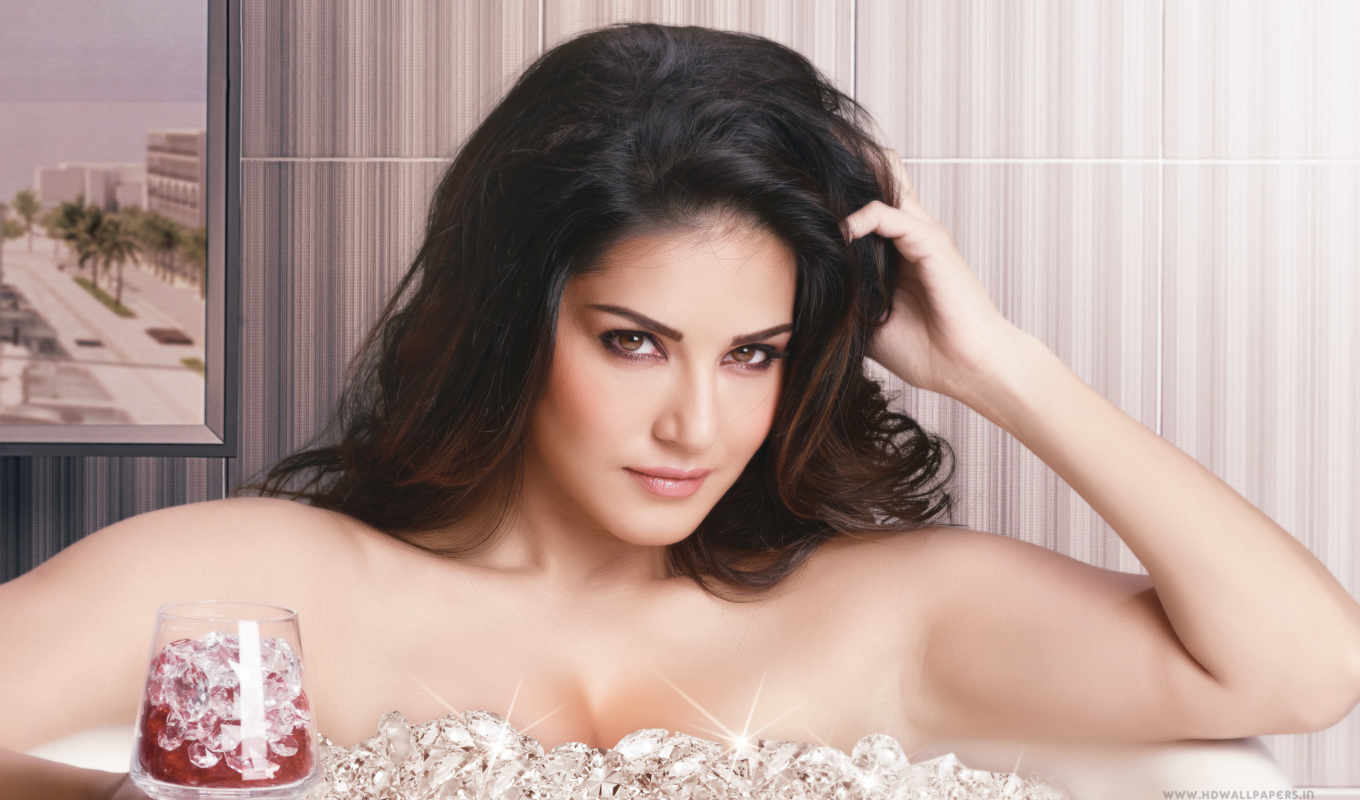 sunny, leone, one, stand, ночь, her,