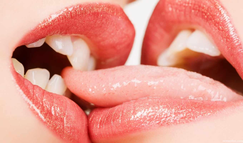 поцелуи, языком,