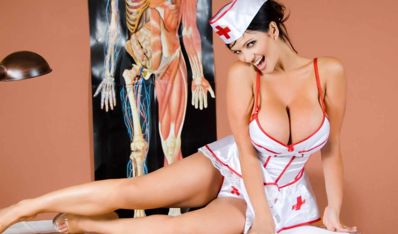 Фото медсестричек брюнеток 8 фотография