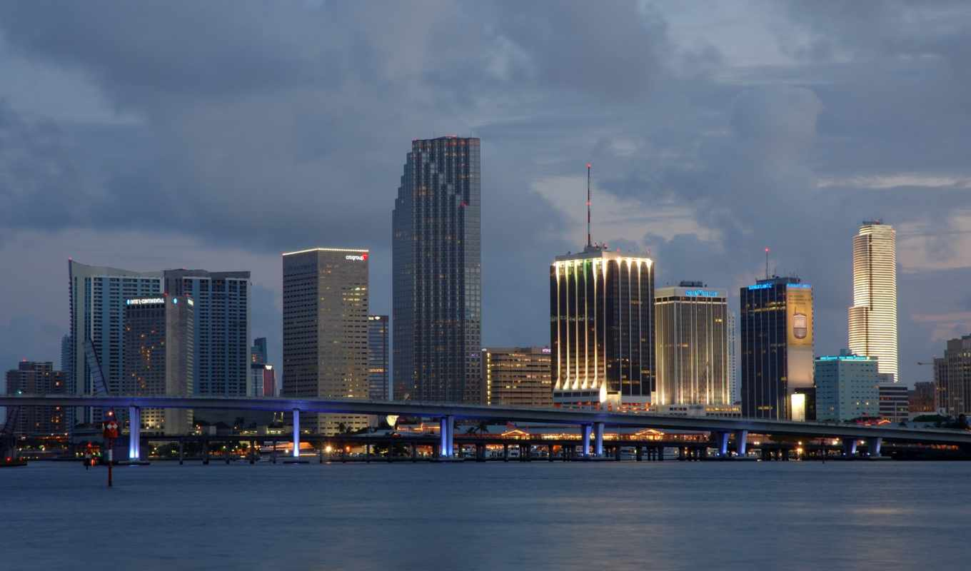 bayfront, plaza, one, miami,