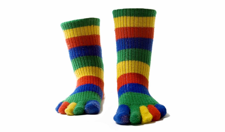 носки, ноги, теплые, разноцветные, пальцы, полоски, картинка,