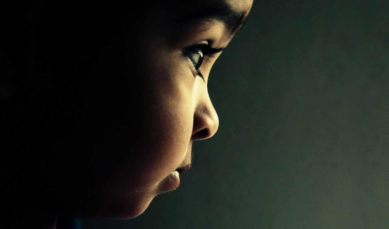 малыш, задумчивость