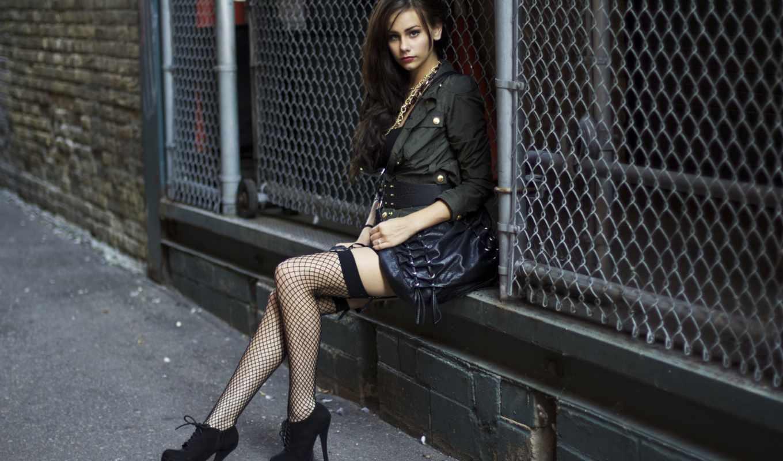 devushki, devushka, сидит, women, stockings, high, heels,