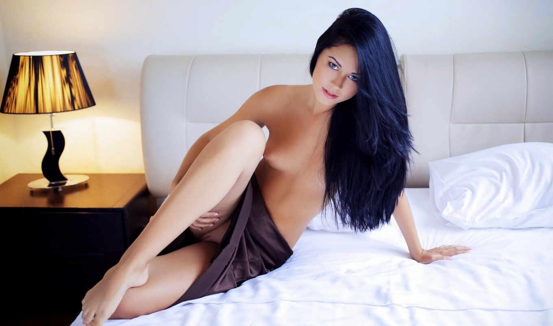 волосы, topless, macy, sexy, long, shaved, эротика, tits, киска, white, девушка, кровать, brunette, полоса,