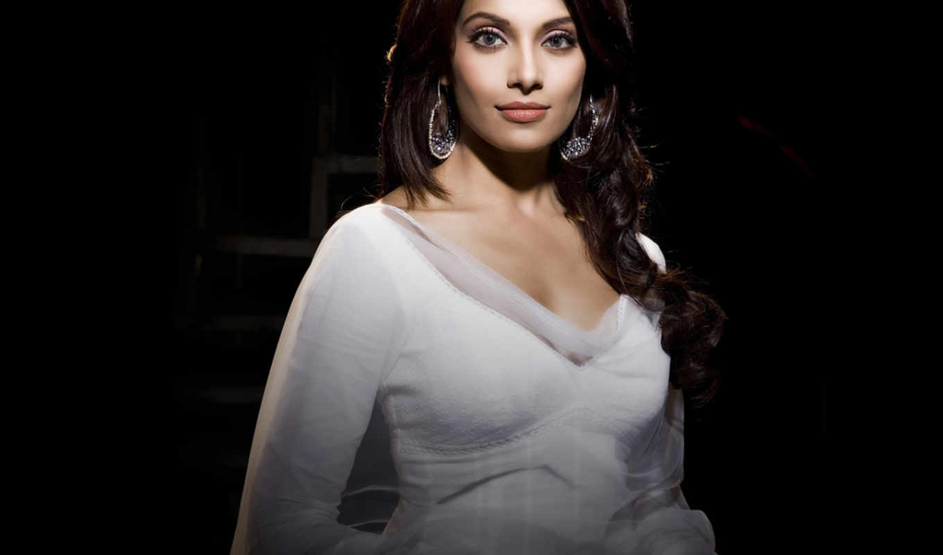 basu, bipasha, photos, latest,