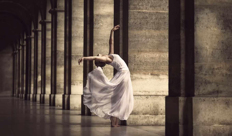 девушка, танец, колонны, босиком, гимнастика