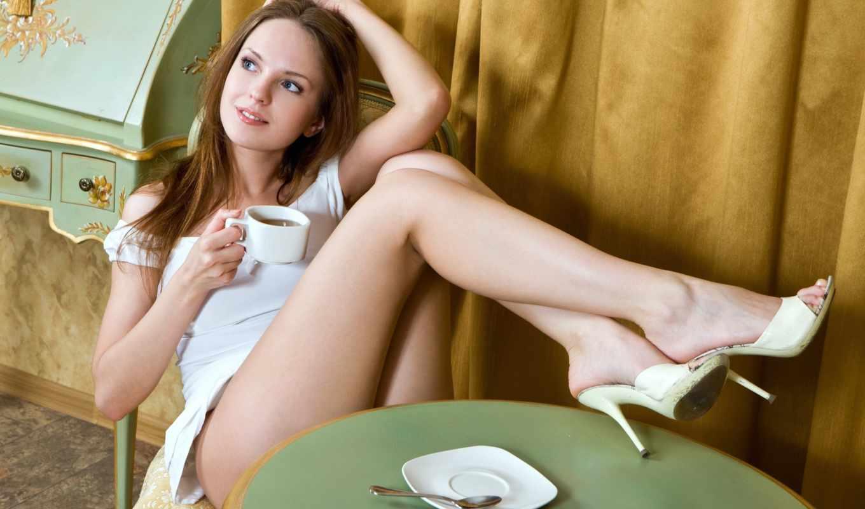 ноги, девушки, туфли, девушка, сидит, поза, чая, закинув, чулки,