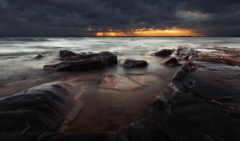 море, вечер, небо, лучи, тона, темны, камни, берег,