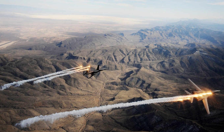 полет, lancer, rockwell, ракетоносец, пустыня, бомбардировщик, картинка, авиация, mountain, lancrr, rockwrll,