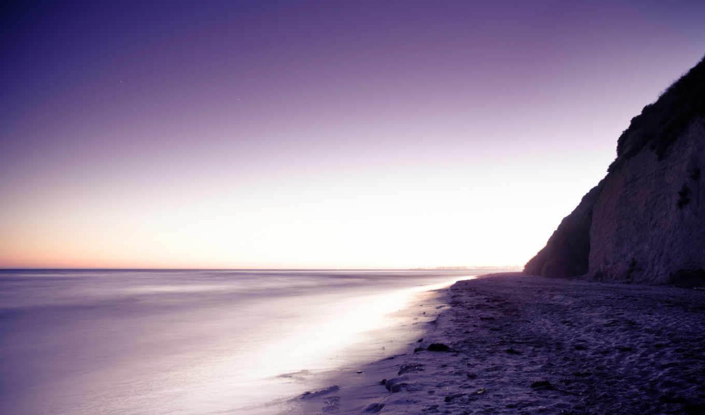 вечер, море, берег, сиреневый, песок, камни, гора, картинка,