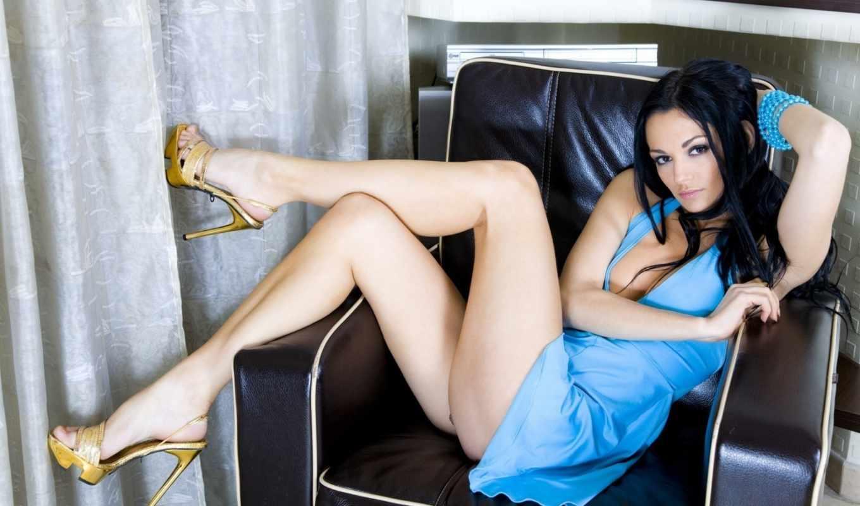 табличка, ножки, голубое, брюнетка, vzglyad, ноги, кресло, devushka,