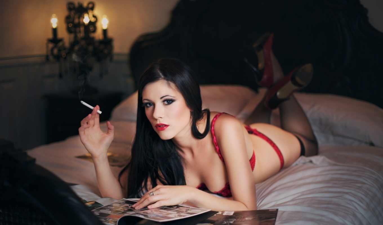 девушки, девушка, сигаретой, лежит, смотрит, красивые,