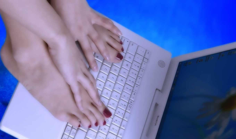 ноутбук, ноги, девушка,
