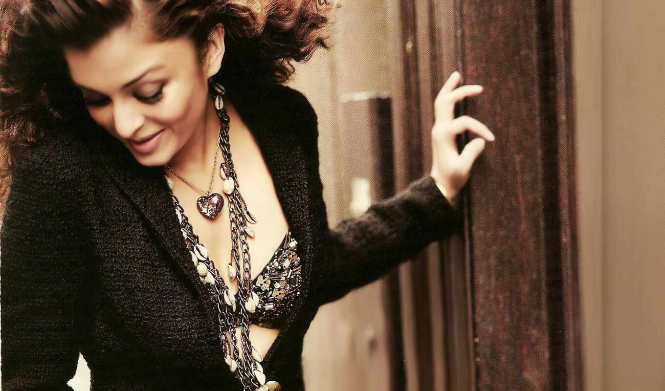 aishwarya, rai, dhoom, images, hot, photos, место, ravepad,