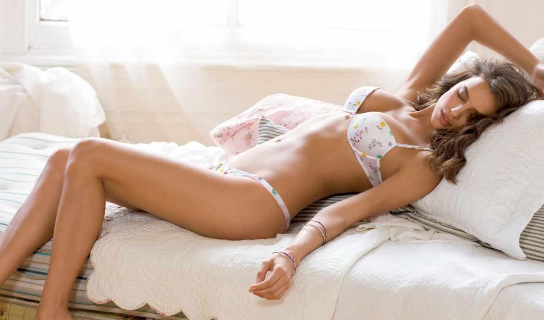 kam, intimissimi, lingerie, лежит, модель, девушка, кровать, more, del, кокосовый,