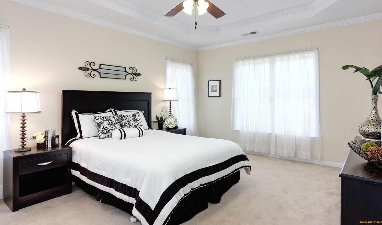 ,кровать, светлая, комната,окно,