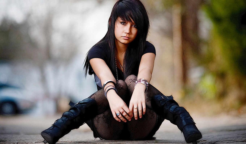 брюнетка, чулки, девушки, черные, юбка, boots, текст, сидит, туфли, grendel,