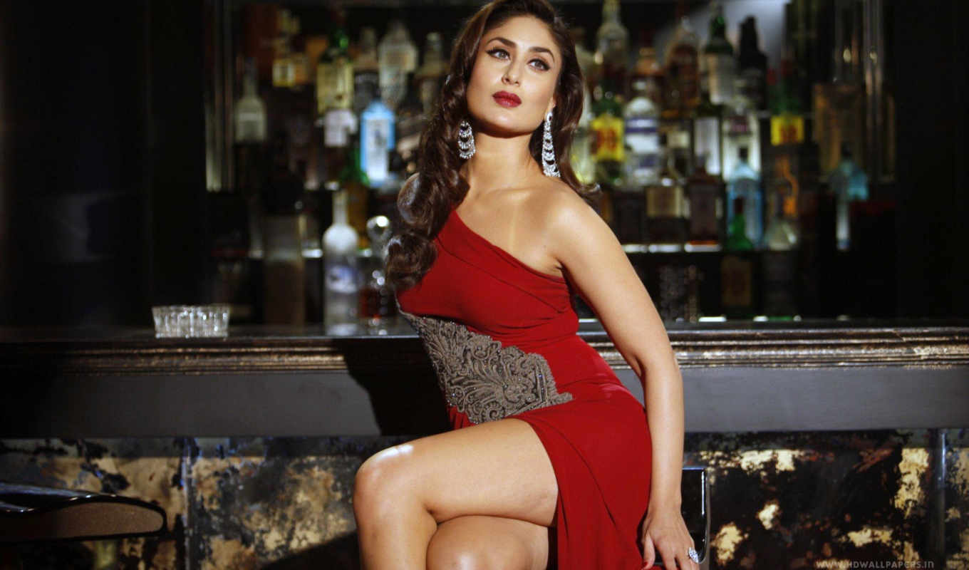 kareena, kapoor, hot, платье, red, bollywood,